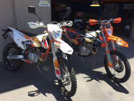 KTM 500 EXC's in for suspension upgrades