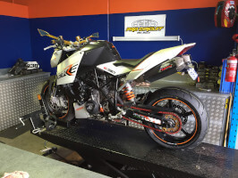 KTM 990 Super Duke new rubber and valve clearance